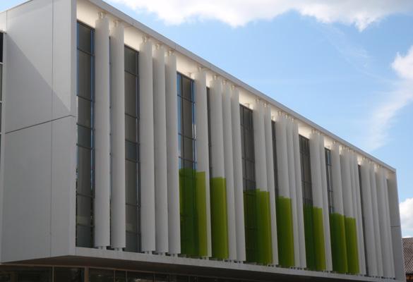 Collège La Garenne Colombes Habillage de façades avec parois en beton