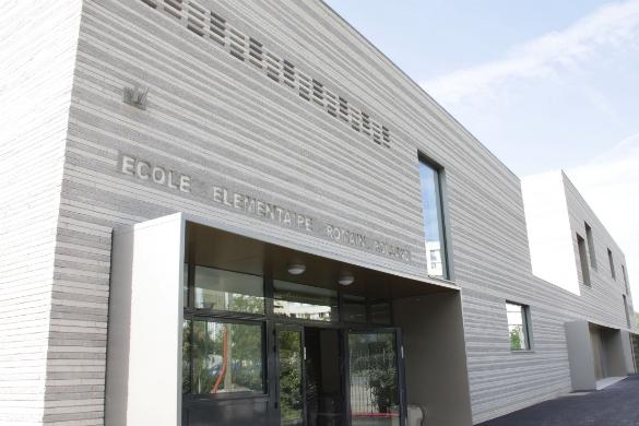 Ecole élémentaire Romain Rolland - Epinay sur Seine Rénovation et extension de l'école élémentaire Romain Rolland, Habillage brique